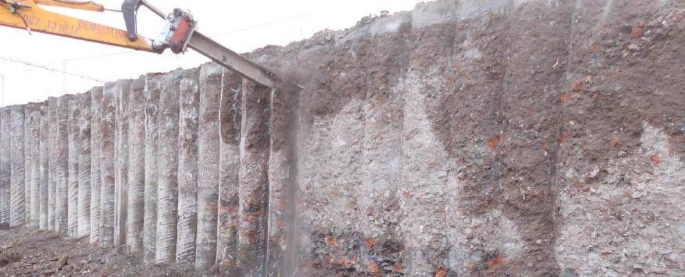 nettoyage des pieux et des murs emboués